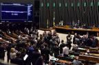 Câmara aprova lei da migração, que revoga o estatuto do estrangeiro (Zeca Ribeiro/Câmara dos Deputados)