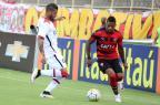 Em dia de Marinho, Vitória vira contra Atlético-PR e sai do Z-4 Tiago Caldas/Fotoarena/Lancepress
