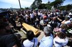 Família e amigos reclamam de demora no atendimento a jovem esfaqueado na Redenção Ronaldo Bernardi/Agência RBS/