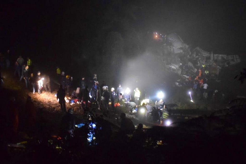 Veja lista de passageiros do avião da Chapecoense que se acidentou MiOriente/MiOriente