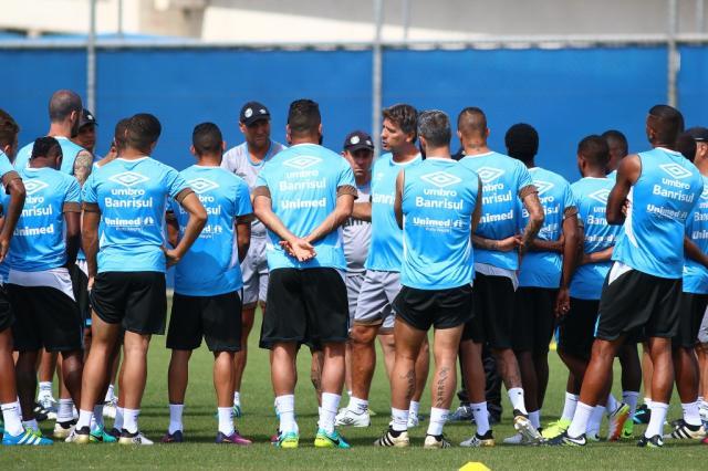 Sem Geromel, Grêmio volta aos treinos no CT Luiz Carvalho Lucas Uebel / Divulgação Grêmio/Divulgação Grêmio