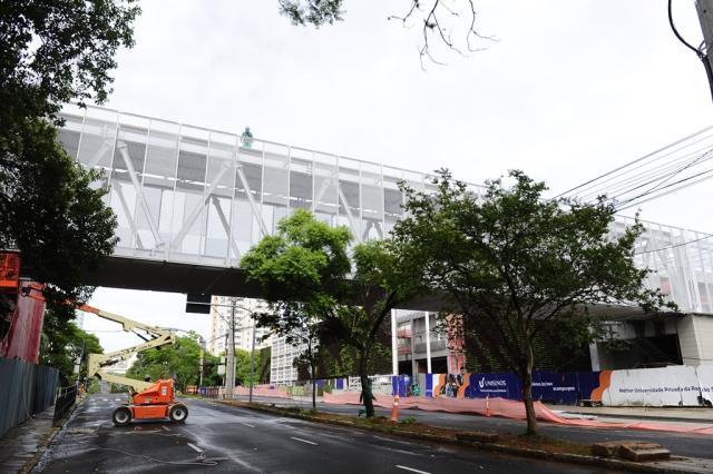 Av. Nilo Peçanha terá bloqueio para obra de passarela de pedestres Ronaldo Bernardi / Agência RBS/Agência RBS
