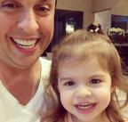 VÍDEO: Ceará ensina a filha Valentina, de dois aninhos, a imitar Silvio Santos Instagram / Reprodução/Reprodução