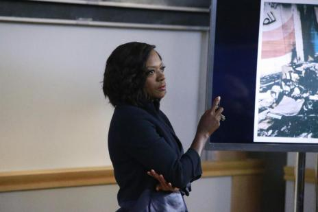 "Viola Davis na pele de Annalise Keating é o grande trunfo da série ""How to get away with murder"" (Mitch Haaseth,ABC/Divulgação)"