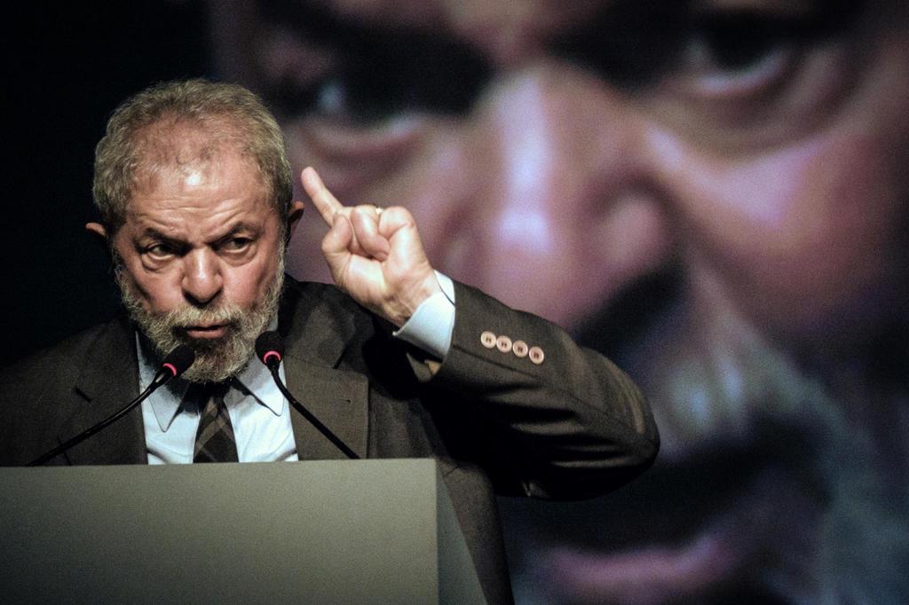 Defesa de Lula recorre de envio de delação da JBS a Moro YASUYOSHI CHIBA/AFP