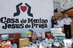 Grupo transforma quilos perdidos em doações de suprimentos a instituição de Porto Alegre (Mateus Bruxel/Agencia RBS)