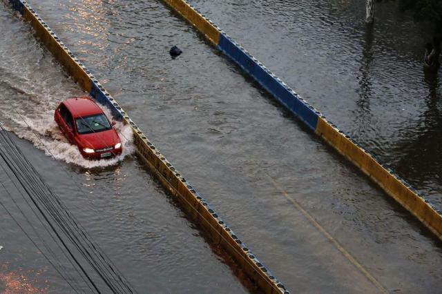 AO VIVO: temporal provoca alagamentos, queda de árvores e falta de luz em Porto Alegre Mateus Bruxel/Agencia RBS