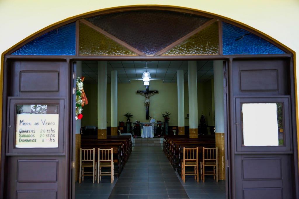 Falso padre reza missas e toma confissões de fiéis em Imbé Anderson Fetter/Agencia RBS