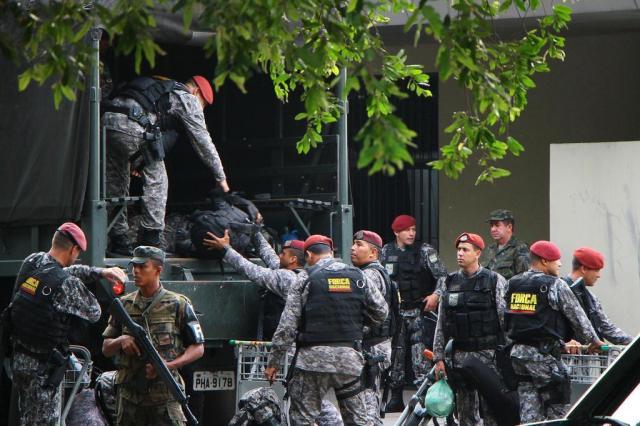 Força Nacional chega a Manaus para reforçar segurança nos presídios EDMAR BARROS/FUTURA PRESS/FUTURA PRESS/ESTADÃO CONTEÚDO