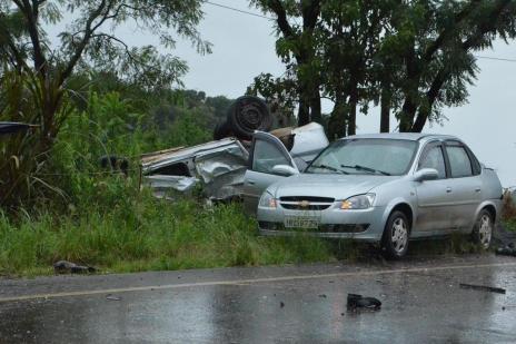 Quatro pessoas morrem atropeladas naERS-404, em Rondinha (Rogério Machado/Especial/Agência RBS)