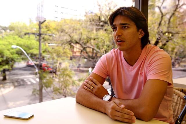 Marcelo Moreno treinará no CT do Grêmio enquanto analisa propostas Fernando Gomes/Agencia RBS