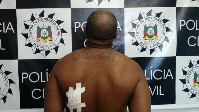 Polícia prende líder do tráfico na Vila Funil, na zona sul de Porto Alegre Policia Civil/divulgação/