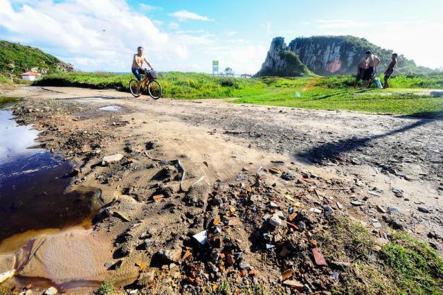 Pavimentação com caliça no Parque da Guarita revolta ambientalistas em Torres Anderson Fetter/Agencia RBS
