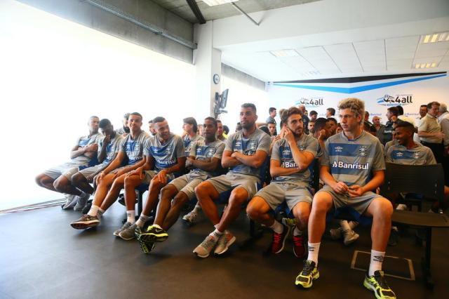 """Grêmio se reapresenta, e Romildo destaca: """"Expectativa é de confirmar o que fizemos em 2016"""" Lauro Alves/Agencia RBS"""