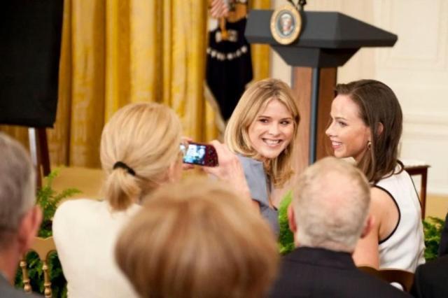 Filhas de Bush aconselham Malia e Sasha Obama sobre vida pós-Casa Branca Leigh Vogel/Getty Images