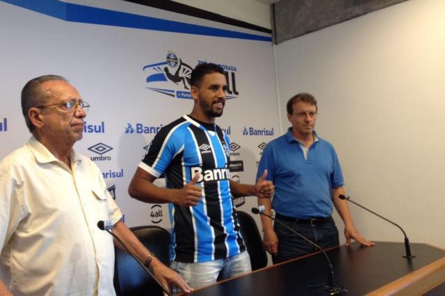 "Grêmio apresenta o volante Michel: ""Grande oportunidade na minha carreira"" Luís Henrique Benfica/Agência RBS"