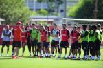 Zago comanda primeiro treino tático no Inter