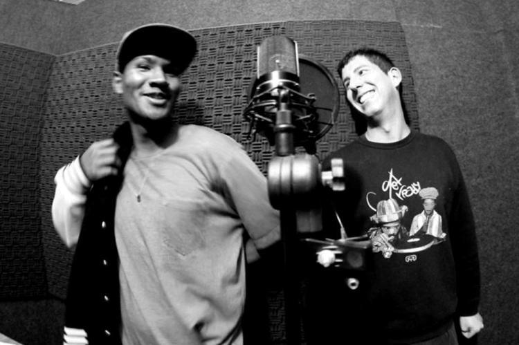 Os rappers Sopranos MCs lançarão novo disco Marcio Peixe/Divulgação