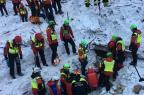 Seis corpos são retirados de hotel atingido por avalanche na Itália AFP PHOTO/CNSAS