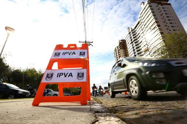 Sexta-feira é o último dia para quitar o IPVA 2017 com o desconto de fevereiro Carlos Macedo/Agencia RBS
