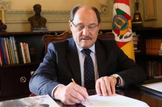 Sartori renova decreto que congela despesas e suspende novos concursos públicos Luiz Chaves/Palácio Piratini