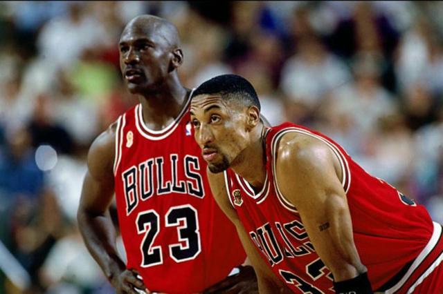 Pippen revela que ficou feliz com primeira aposentadoria de Jordan -/NBA/Divulgação