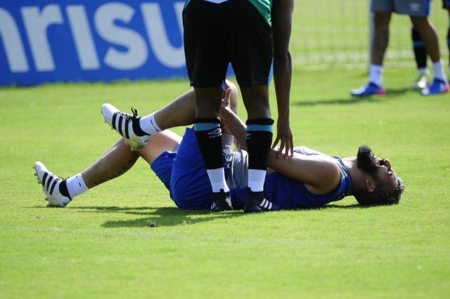 Cirurgia é realizada com sucesso, e Douglas terá alta na quarta-feira Ronaldo Bernardi/Agencia RBS