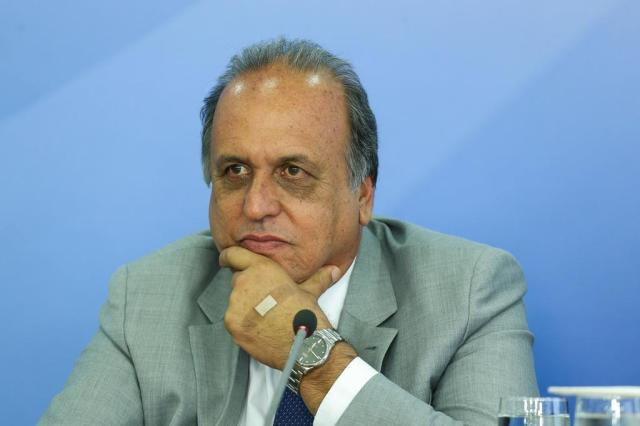 PSOL protocola pedido de impeachment de Pezão Valter Campanato/Agência Brasil