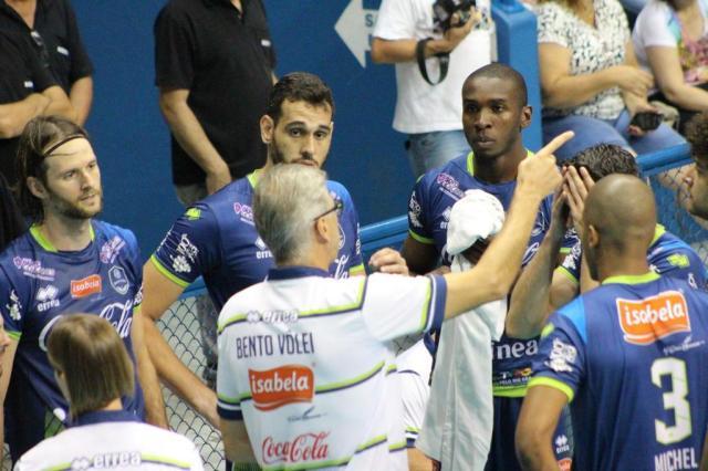 Bento Vôlei recebe o Campinas pela Superliga masculina Rafinha Oliveira/Funvic Taubaté