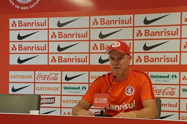Zago indica sequência para D'Alessandro em nova função, mas prioridade é Uendel voltar ao meio Rodrigo Oliveira / Agência RBS/Agência RBS