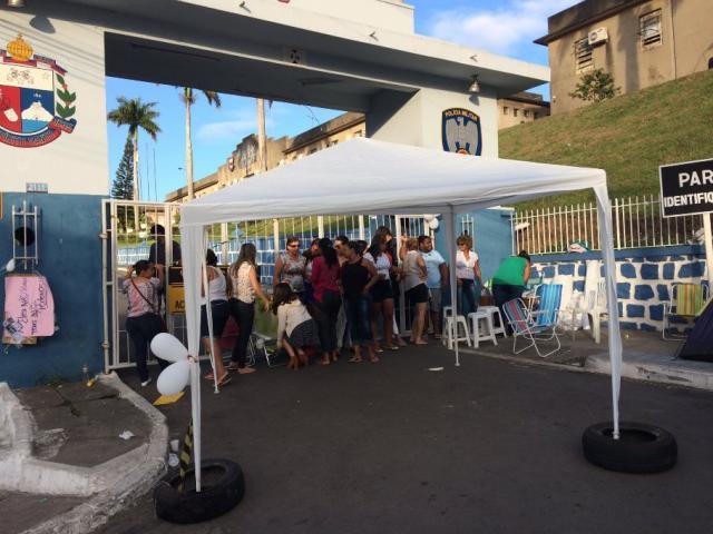 Depois de anúncio de acordo, mulheres de PMs seguem com bloqueios de quartéis no ES Guilherme Mazui / Agência RBS/Agência RBS
