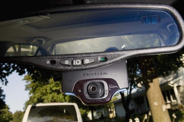 Cheios de câmeras, carros terão monitoramento externo e interno Ver Descrição/Ver Descrição