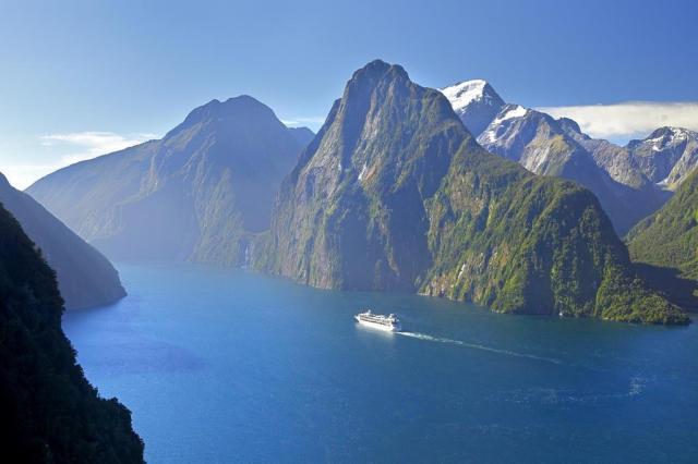Conheça um dos lugares da Nova Zelândia que ajudaram a atrair 3,5 milhõesde turistas de todo o mundo em 2016 Rob Suisted/Divulgação
