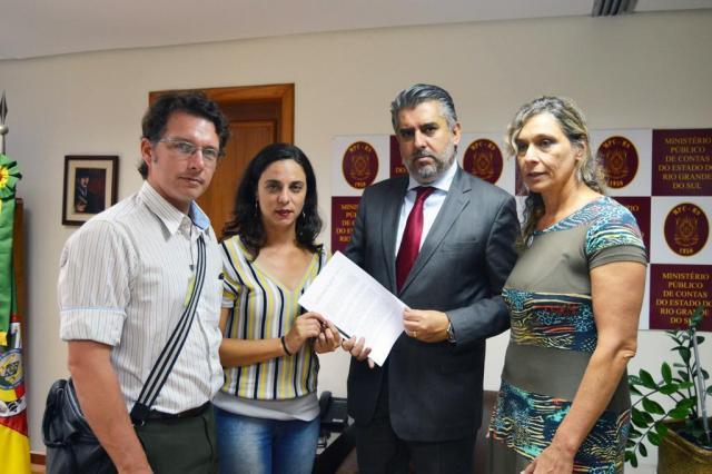 Oposição na Câmara Municipal pede auditoria no transporte coletivo dePorto Alegre Paola Rodrigues/Divulgação