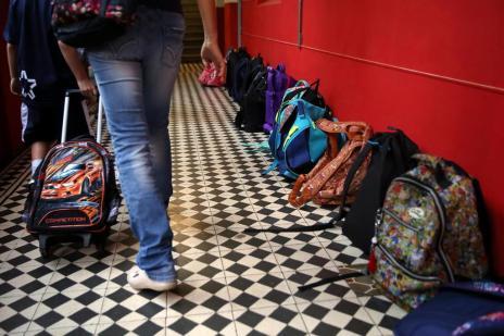 Entenda por que a mudança nos horários dos professores de Porto Alegre causou polêmica (Tadeu Vilani/Agencia RBS)