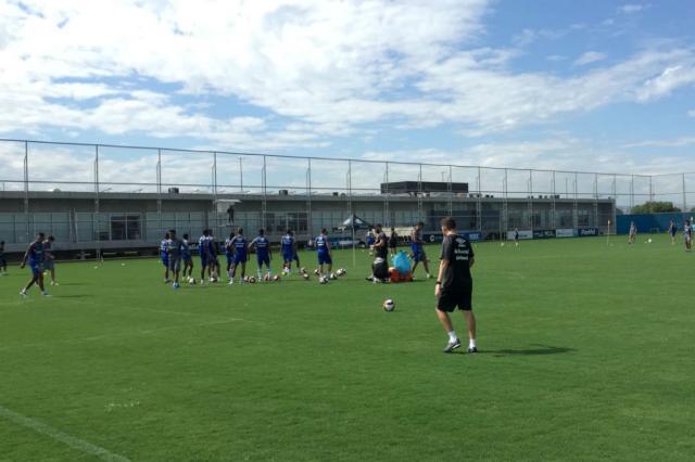 Renato conversa com elenco, e seis jogadores não treinam no Grêmio José Alberto Andrade / Rádio Gaúcha/Rádio Gaúcha