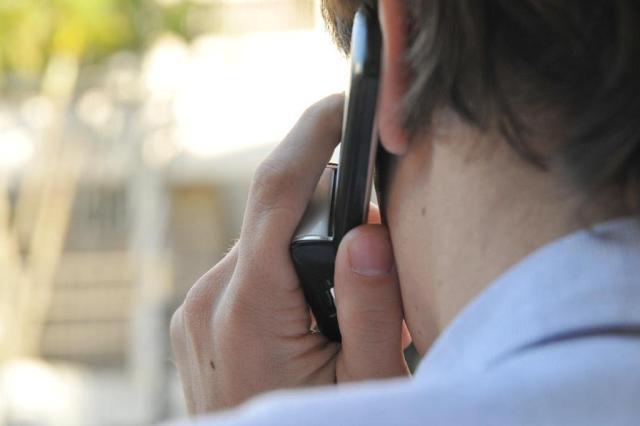 Ligações entre telefones fixos e celulares vão ficar mais baratas este mês Divulgação/Divulgação