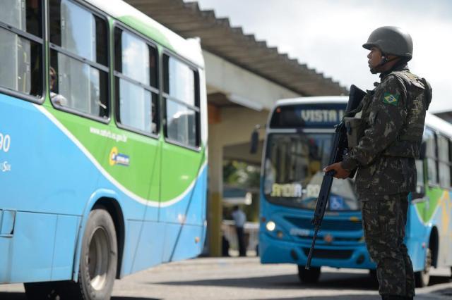 Mais da metade dos mortos no ES durante paralisação da PM era da periferia, afirma sindicato Tânia Rêgo/Agência Brasil