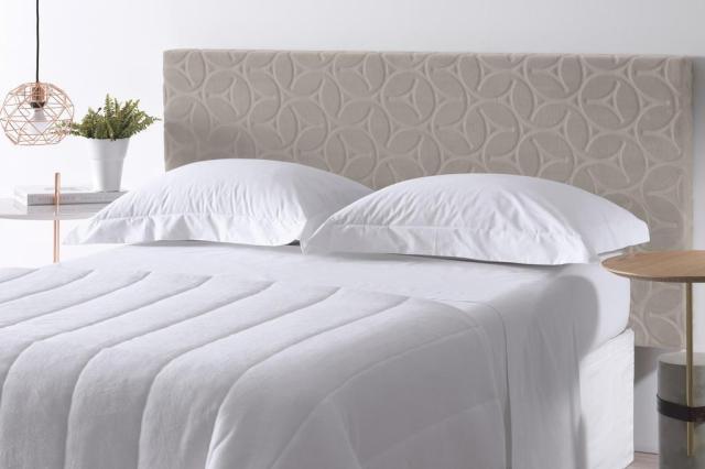 Cabeceira para cama box pode ser fixada sem furar a parede Altenburg/Divulgação