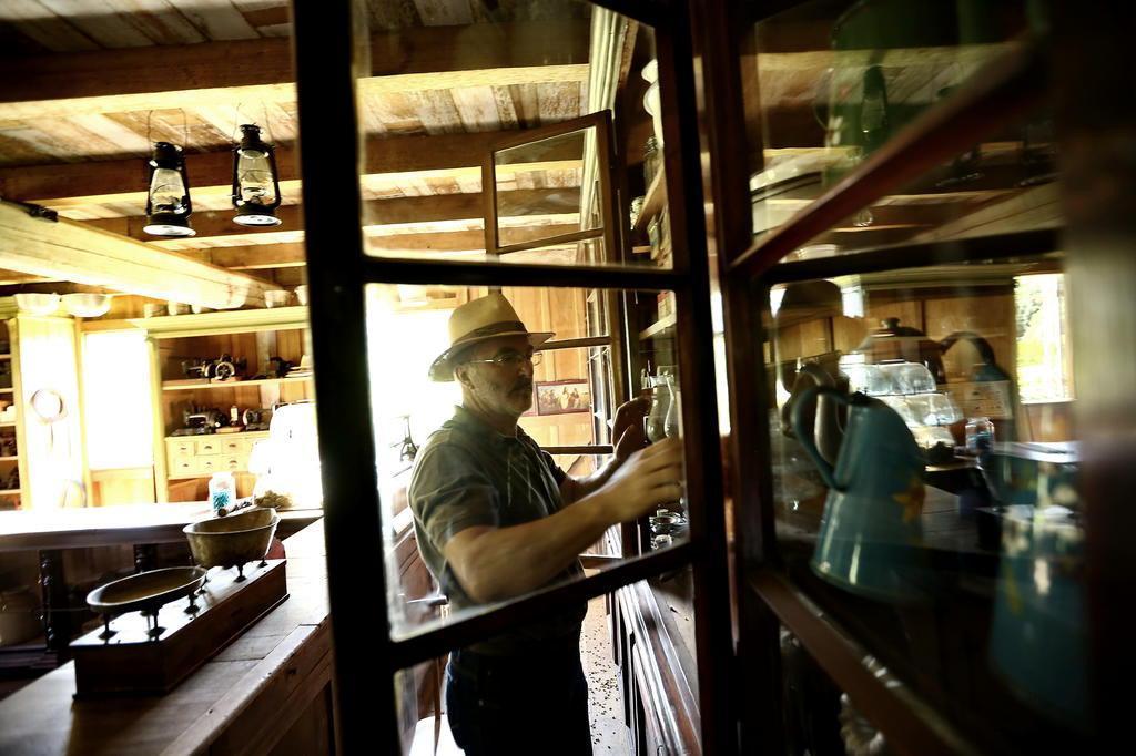 O homem que criou um museu colonial a céu aberto em Garibaldi Carlos Macedo/Agencia RBS
