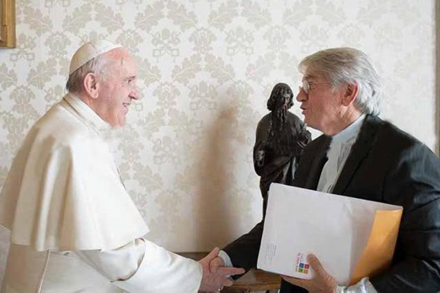 Papa Francisco grava vídeo para crianças de Florianópolis em encontro com Padre Vilson Groh L¿Osservatore Romano/Divulgação