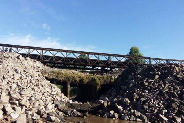 Exército constrói ponte provisória e trânsito na RSC-287 é liberado com restrições Secretaria dos Transportes/Divulgação