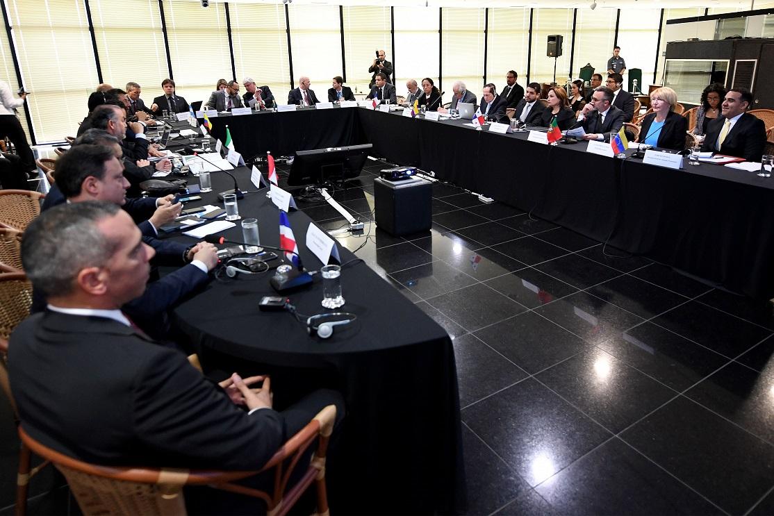 Brasil e mais 10 países criam força-tarefa para investigar casos de corrupção da Odebrecht Evaristo Sá / AFP/AFP