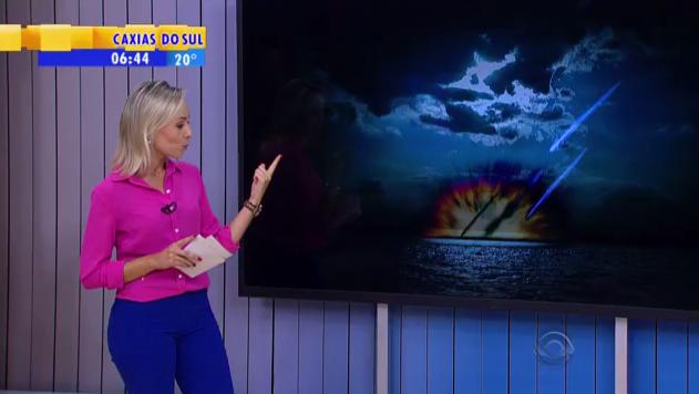 Notícia que circula nas redes sociais sobre meteoro que caiu na costa do RS é de 2016 Reprodução/