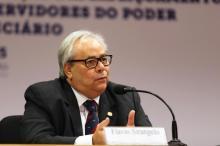 """""""Pequenos empreendedores estão sofrendo"""", diz ex-presidente do TRT Divulgação/Divulgação"""
