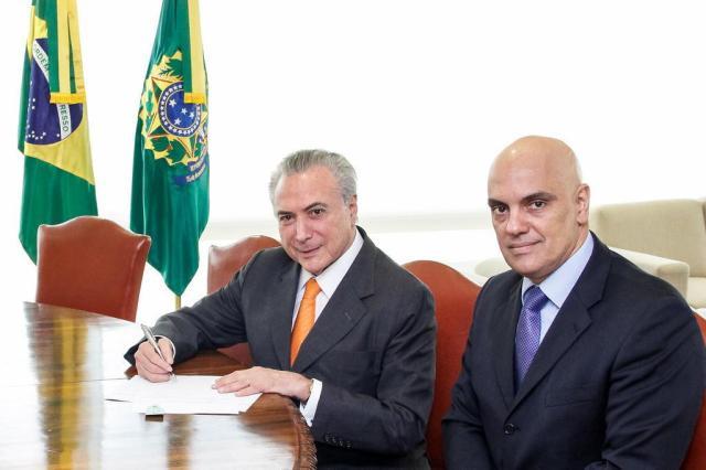 Temer exonera Alexandre de Moraes do Ministério da Justiça e o efetiva no STF Valdenio Vieira/Presidência da República/Divulgação