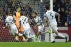 Com gol brasileiro, Juventus vence o Porto pela Liga dos Campeões MIGUEL RIOPA/AFP