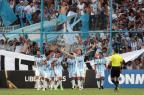 Tucumán vence Junior por 3 a 1 e entra no grupo do Palmeiras WALTER MONTEROS/AFP