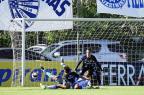 Jogadores do Grêmio admitem dificuldade e valorizam vitória em Gravataí Mateus Bruxel/Agência RBS