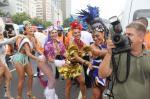 Bloco da Favorita reúne famosas em Copacabana